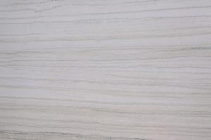 WHITE-MACAUBUS